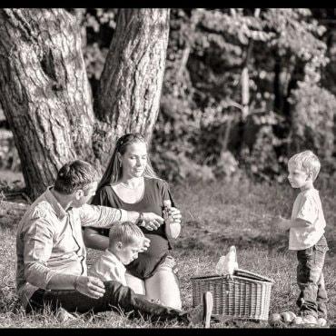 Linksma šeimos fotosesija