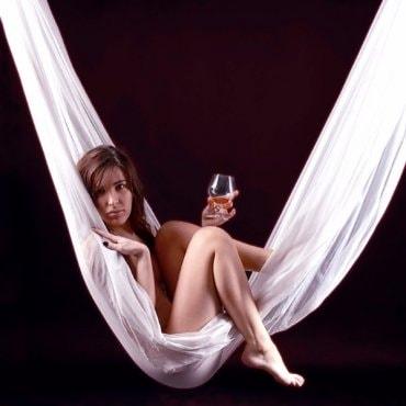 Pikantiška ir subtili erotinė fotosesija