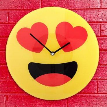 """Sieninis laikrodis """"Įsimylėjęs veidelis"""""""