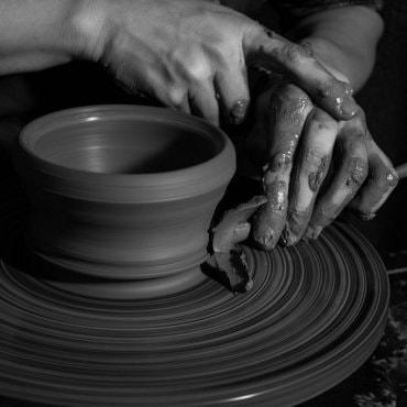 Keramikos žiedimo pamokos Vilniuje