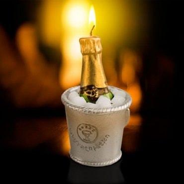 """Dekoratyvinė žvakė """"Šampano butelis"""""""