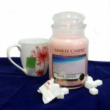 "Yankee Candle žvakė ""Pink Sands"""